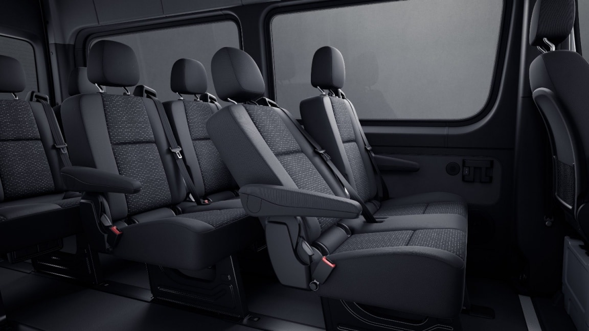 Sprinter Tourer, passenger compartment seating: 2-seater luxury bench seat for 1st seat row
